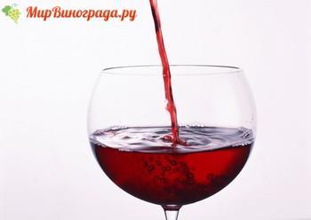 В каких количествах можно пить красное вино