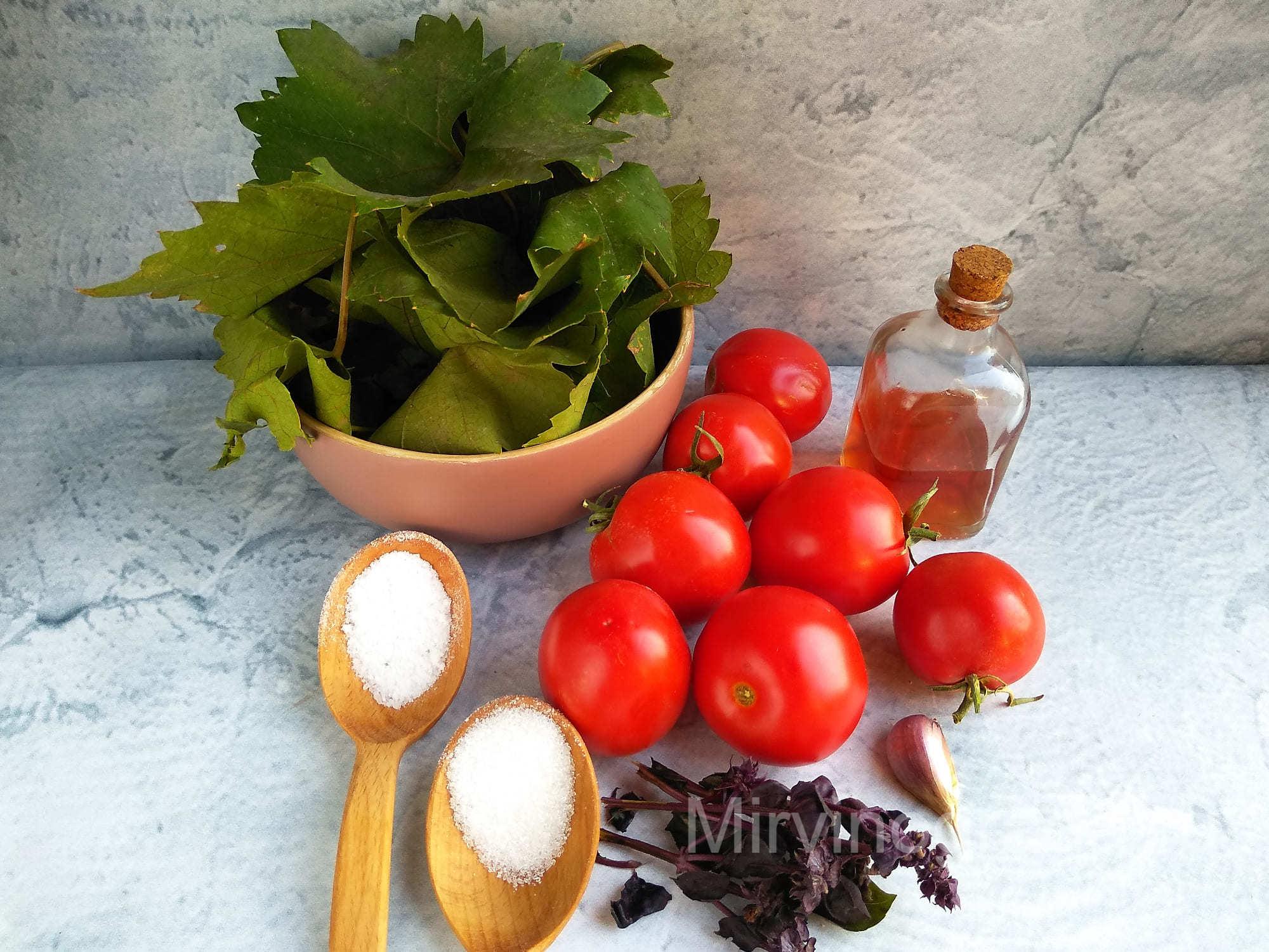 готовим помидоры в листьях виограда на зиму